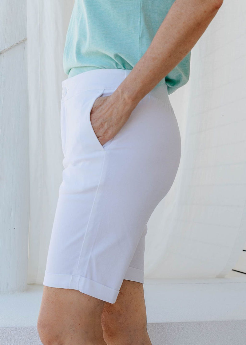 White 97% Cotton 3% Spandex Relaxed Chino Short