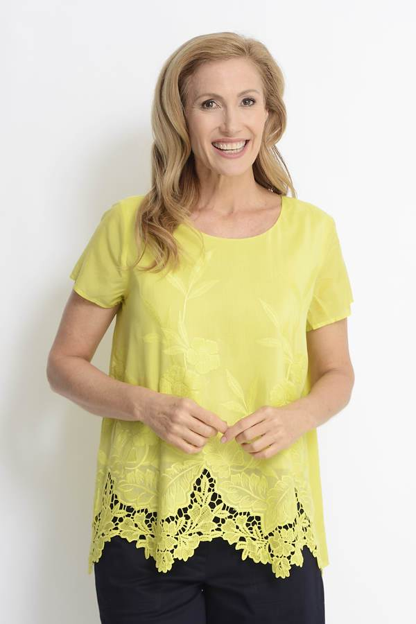 Lime 70% Cotton / 30% Silk Embroidered Short Sleeve Top