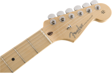 Fender American Professional Stratocaster®, Maple Fingerboard, Natural