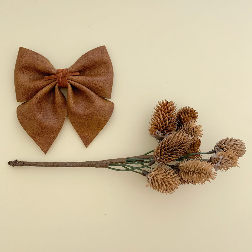 SADIE BOW // aged tobacco
