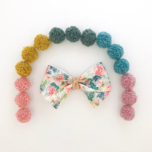 ALICE BOW // floral glitter