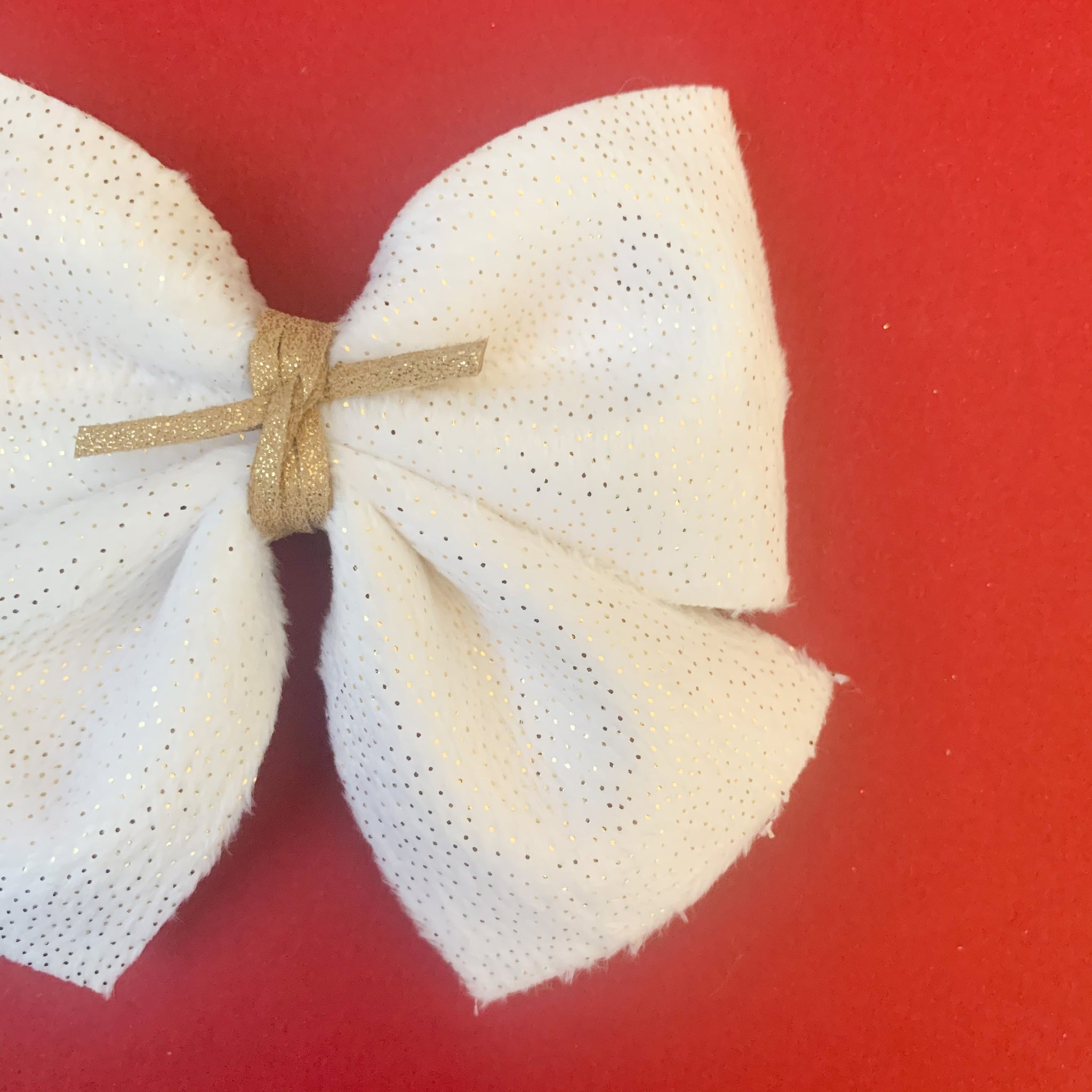 SADIE BOWS // white sparkle plush