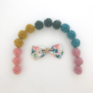 DOLLY BOW // floral glitter
