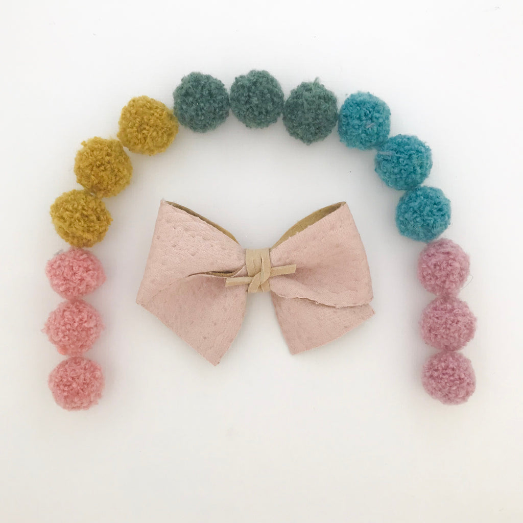 ALICE BOW // braided blush