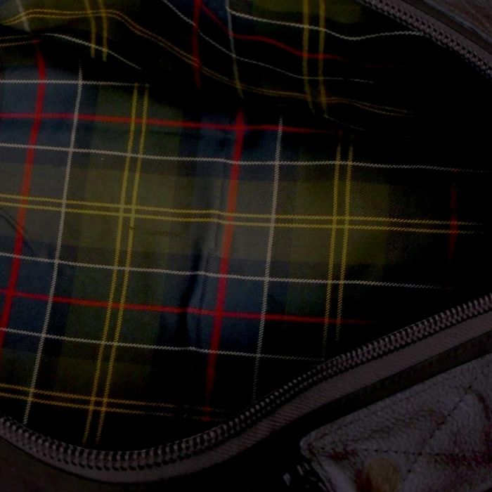 argi-journey-duffle-bag-nz-brown-tartan-lining_BASJD