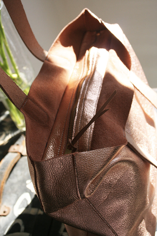 Zip Top Tote rose gold metallic