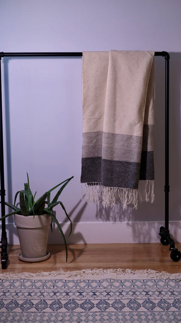 Block-Weave Oversized Shawl | Grey