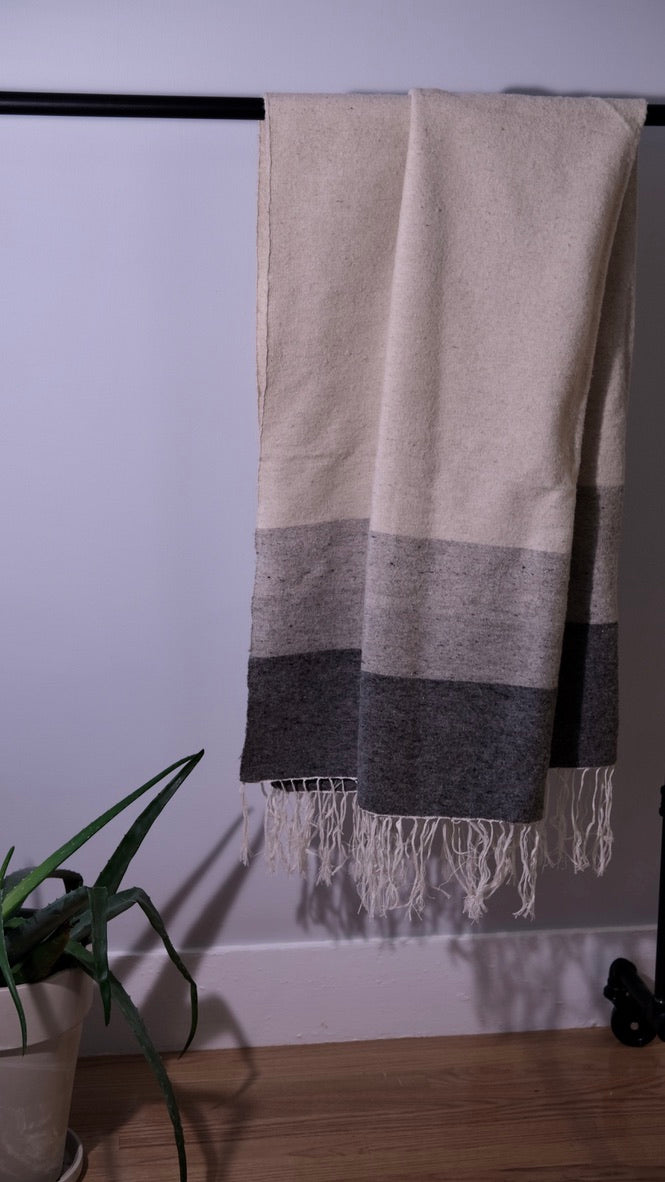 Oversized Shawl | Grey Block Weave