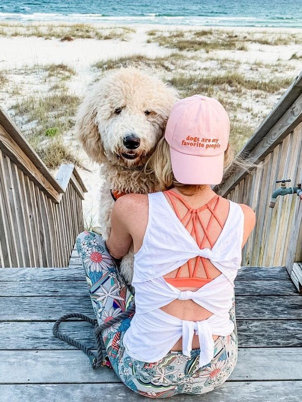 Lucy & Co.: Dogs Are My Fav Hat