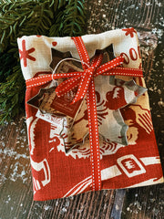 Christmas Dish Towel + Cookie Cutter - Red