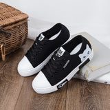 Women Flat Cartoon Canvas Shoes 2018 New Summer White Lace Up Student Board Shoes Ladies Casual Shoes Female Sneakers LDW907