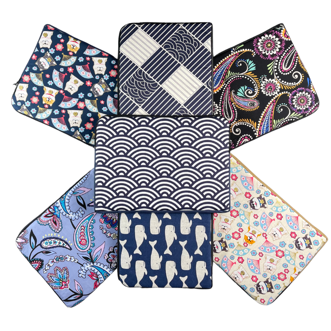 13.3 INCH C-ZIP PRINTED LAPTOP SLEEVES