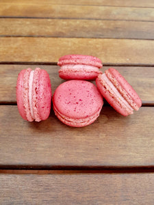 Strawberry & Cream Mini Macaron