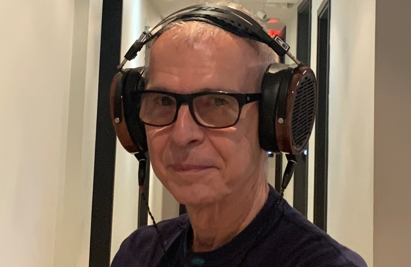 Audeze chats with Music Legend Tony Visconti