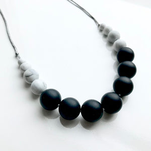 Black & Marble Betty Teething Necklace