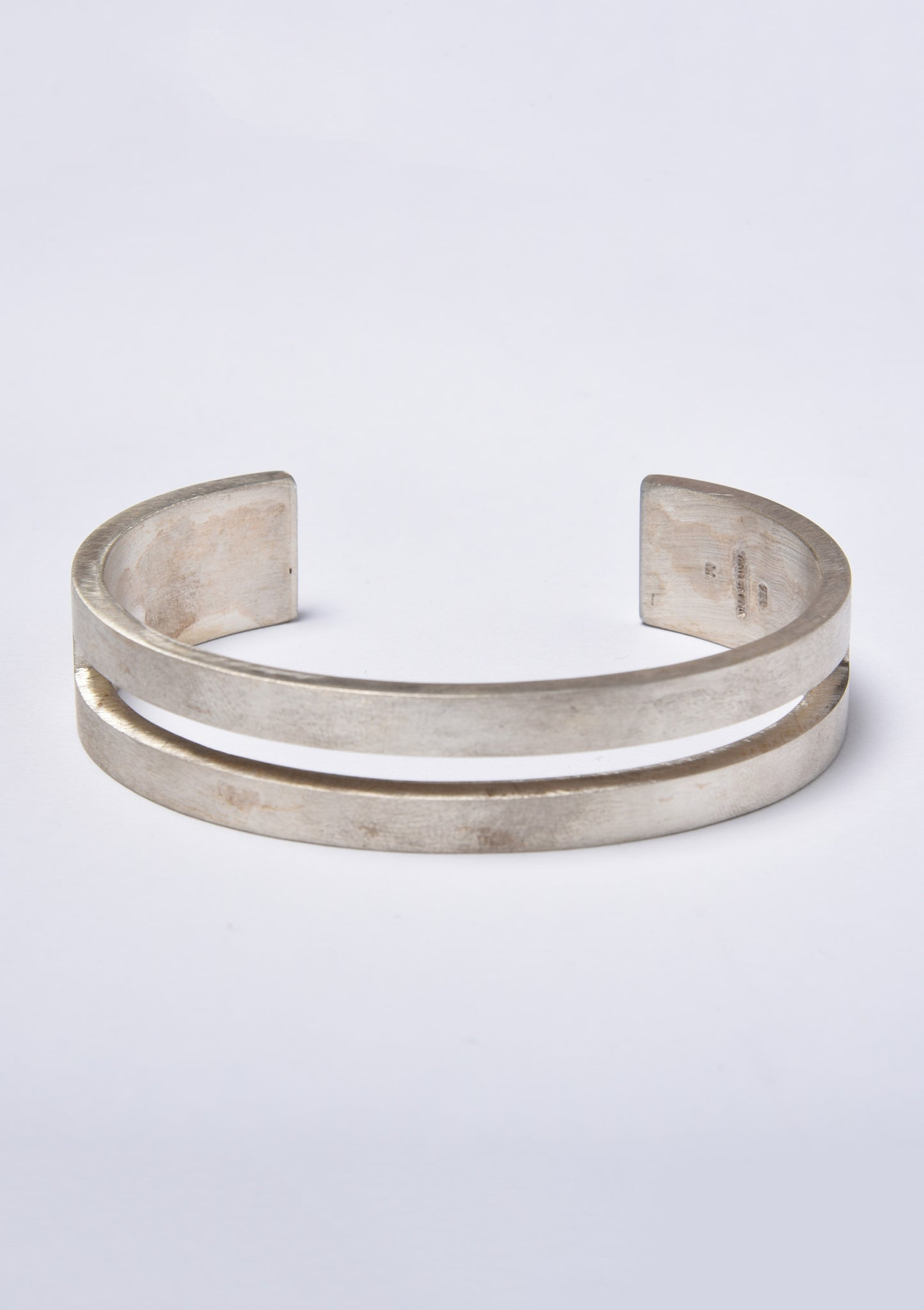 Parts of Four Ultra Reduction Slit Bracelet