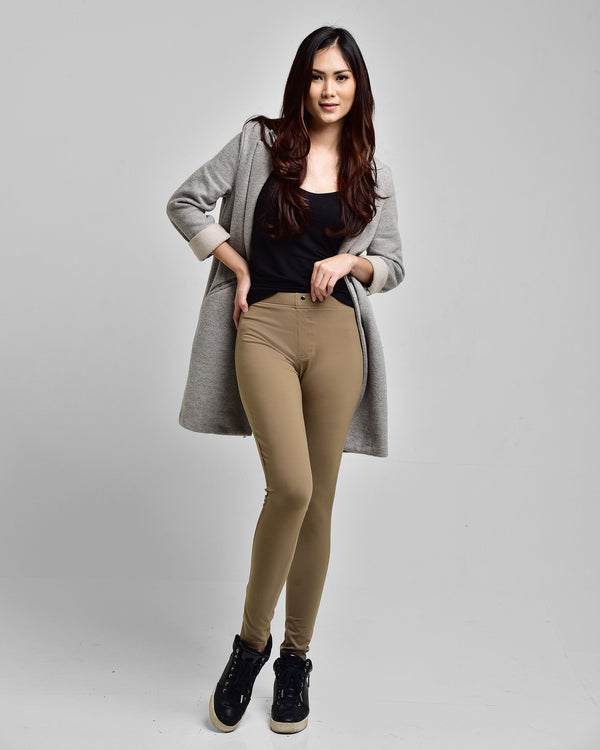 The Essential Legging Coklat