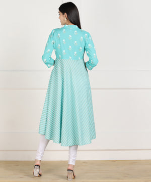 Znx Women Blue Stripe Printed Flared Kurta