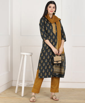 Znx Women Multicolor Printed Straight  Kurta with Palazzo & Dupatta Set