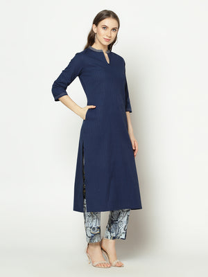 Znx Women Blue Solid Straight  Kurta with Pant Set