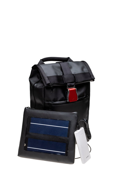 SACS A DOS DESIGN ET SOLAIRE. DESIGN AND SOLAR BACKPACK