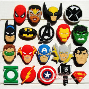 Novelty Single Sale 1pc Avengers PVC Shoe Charms Shoe Accessories Shoe Decoration for Croc JIBZ/ Wristbands kids Party Xmas Gif