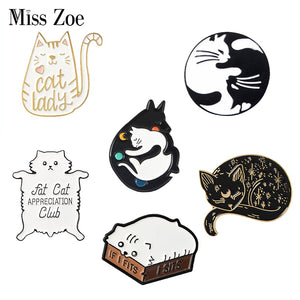 Meow Cat Kindergarten Enamel Pins Box Kitten Hugging Cats Badge Custom Brooch Bag Clothes Lapel Pin Cartoon Animal Jewelry Gift