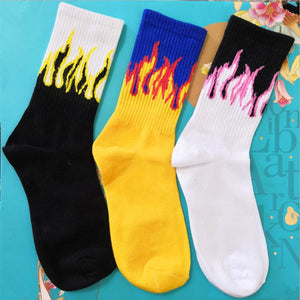 1 pair Men Fashion Hip Hop Hit Color On Fire Crew Socks Red Flame Blaze Power Torch Hot Warmth