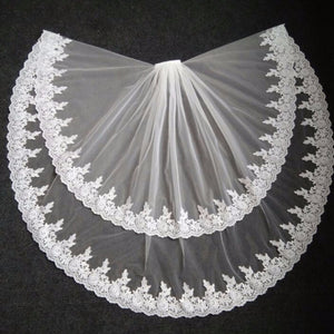 Elegant Bridal Veils Lace Edge Two Layer Wedding Veil Tulle Ivory White veu de noiva Bridal Accessories With Comb Real