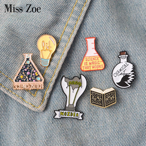 Magic Science enamel pin Light bulb No Idea Chemical Beaker badge brooch Lapel pin Denim Jeans shirt bag Cartoon Jewelry Gift