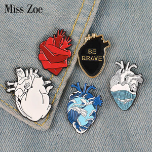 Organ Heart Enamel Pin Starry Heart Brave Cats Bloodthirsty Hug Brooches Bag Clothes Lapel Pin Badge Medical Jewelry Gift Doctor