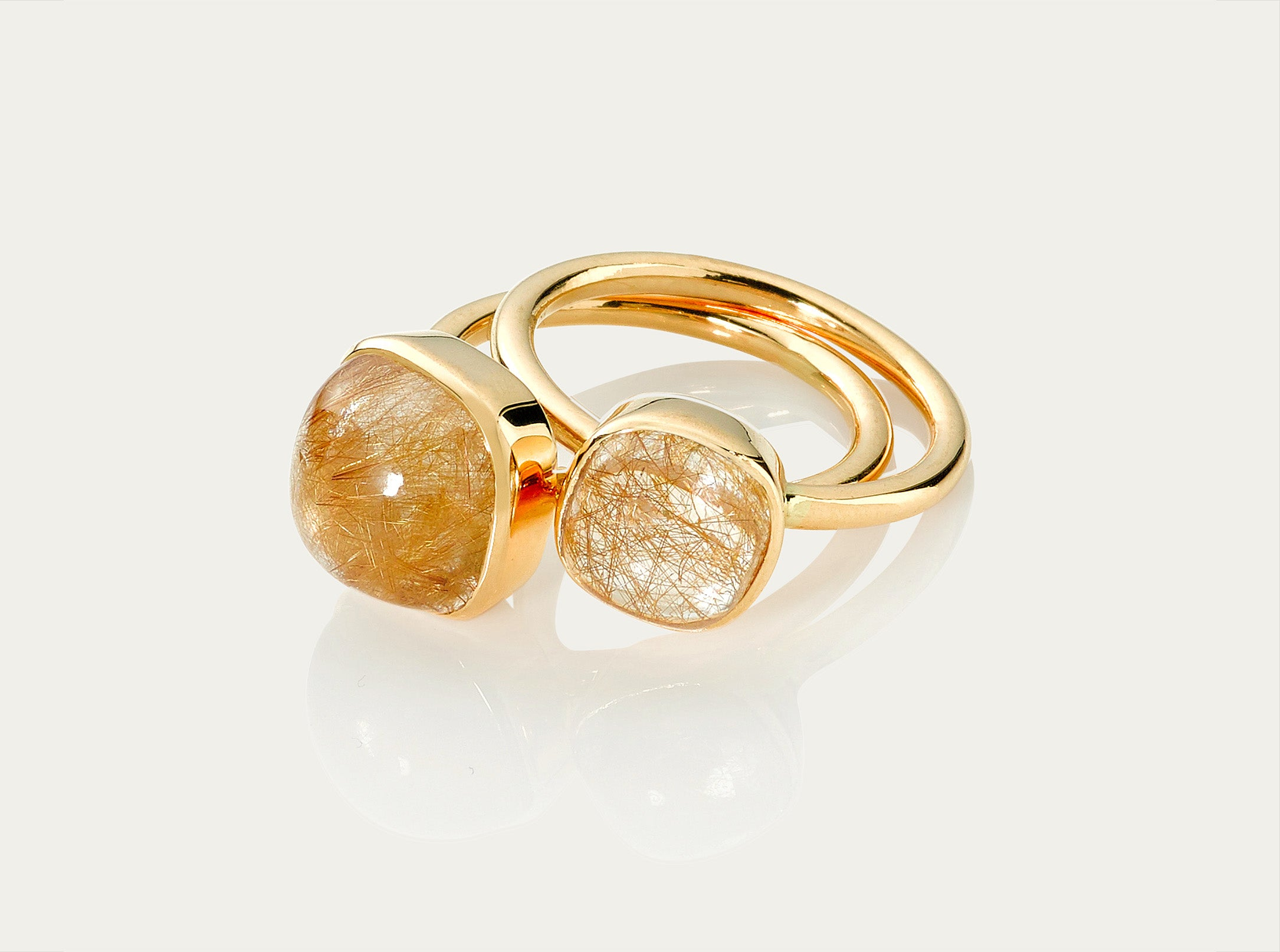 Bobo Ring Cabochon - Golden Rutile 10mm