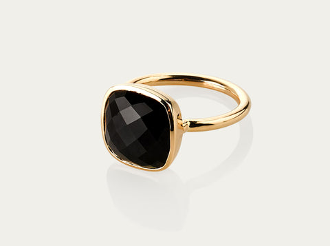 Onyx Square brillite cut Ring 10mm