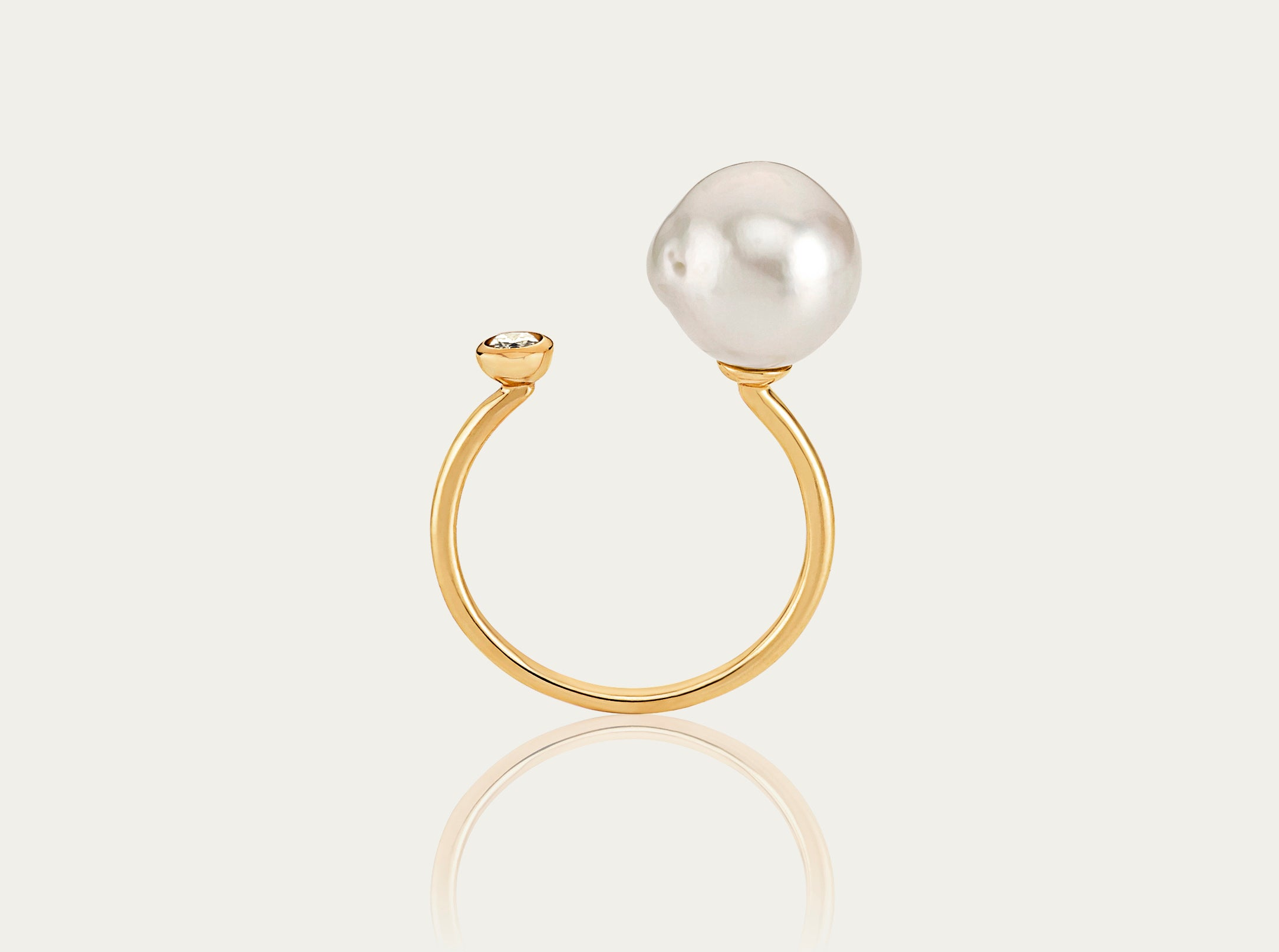 Baroque Pearl with Diamond Ring 10k yellow gold