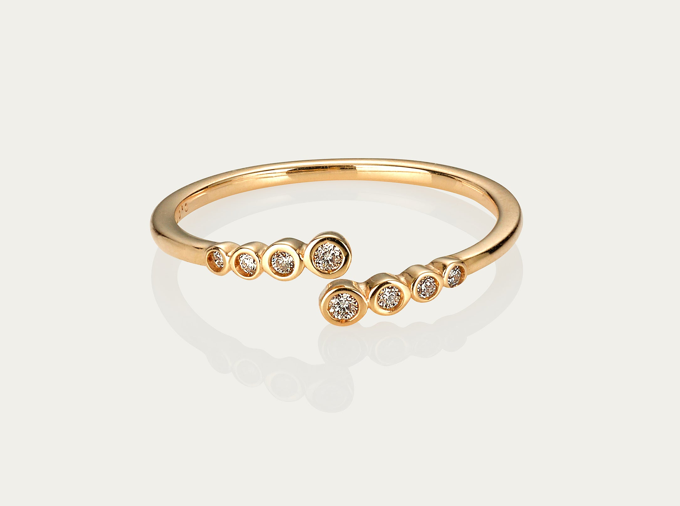 Circa Diamond ring 10K Yellow Gold