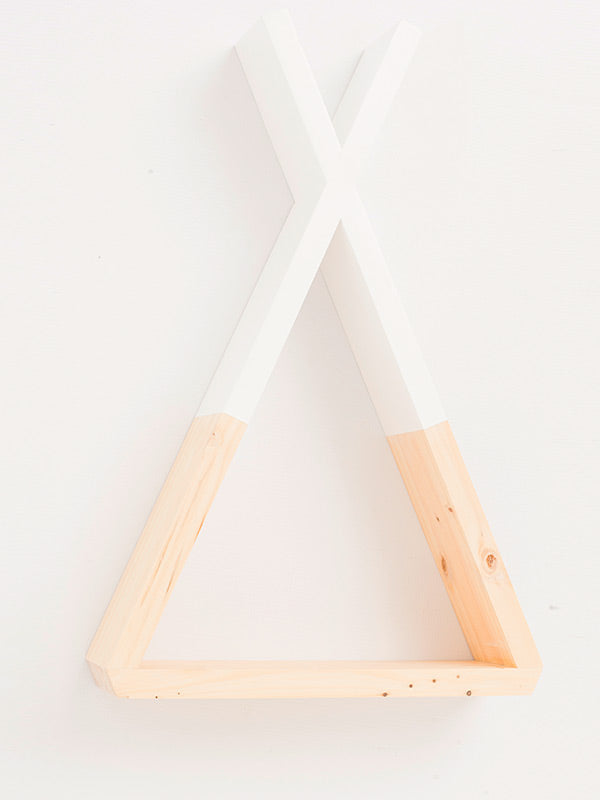 Teepee Shelf in Pine