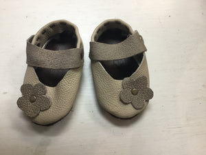 Leather Maryjanes - Stone Flower - Razberry Kids Co