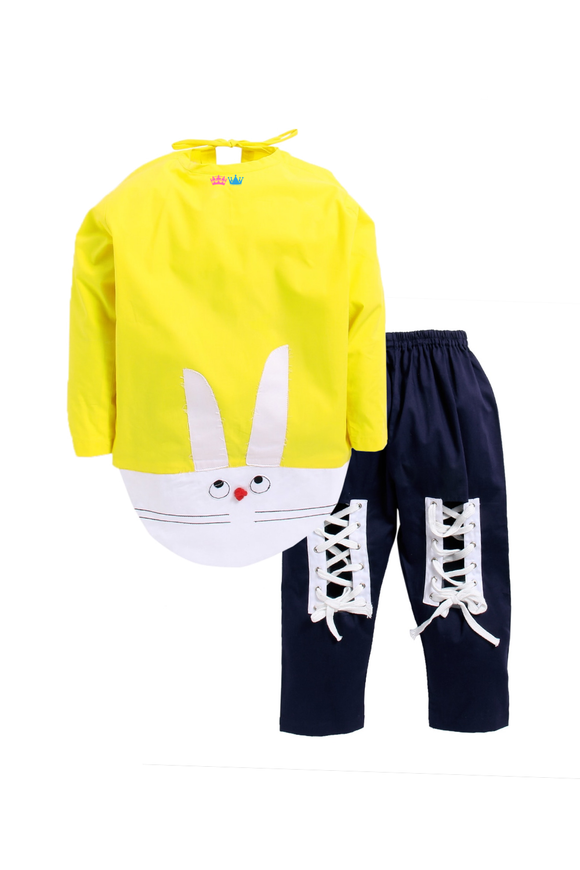 Yellow rabbit patch sleepwear