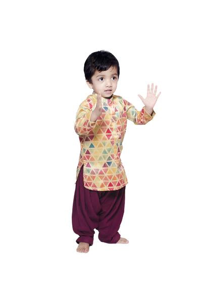 Triangle kurta with patiala