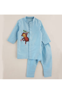 Monkey embroidered kurta pyjama set! Stylemylo offers a wide range of Designer Indian wear for Boys, Ethnic wear for boys, Kurta pyjama for boys, Kids kurta pyjama set, Dhoti set for boys, Designer Dhoti Kurta, Online Dhoti Kurta set, Designer Dhoti kurta for boys.