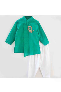 Green baby lion hand embroidered kurta pyjama set