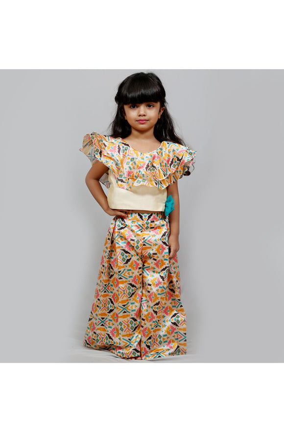 Multicolored palazzo and ruffle top with flower applique