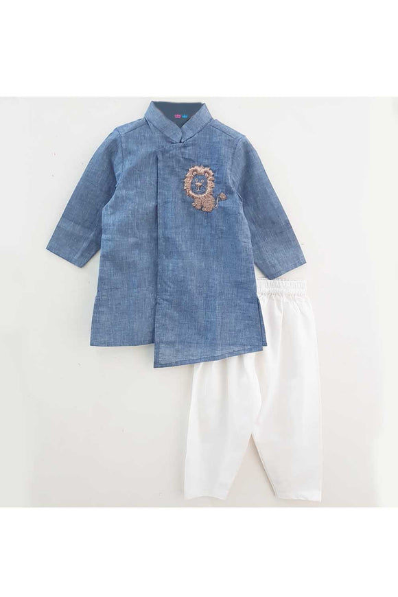 Blue baby lion hand embroidered kurta pyjama set