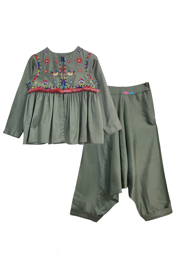 Green color sheesha kurta and dhoti pants