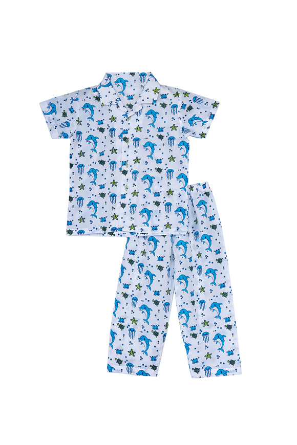 Dolphins and marine life printed half sleeves nightsuit set