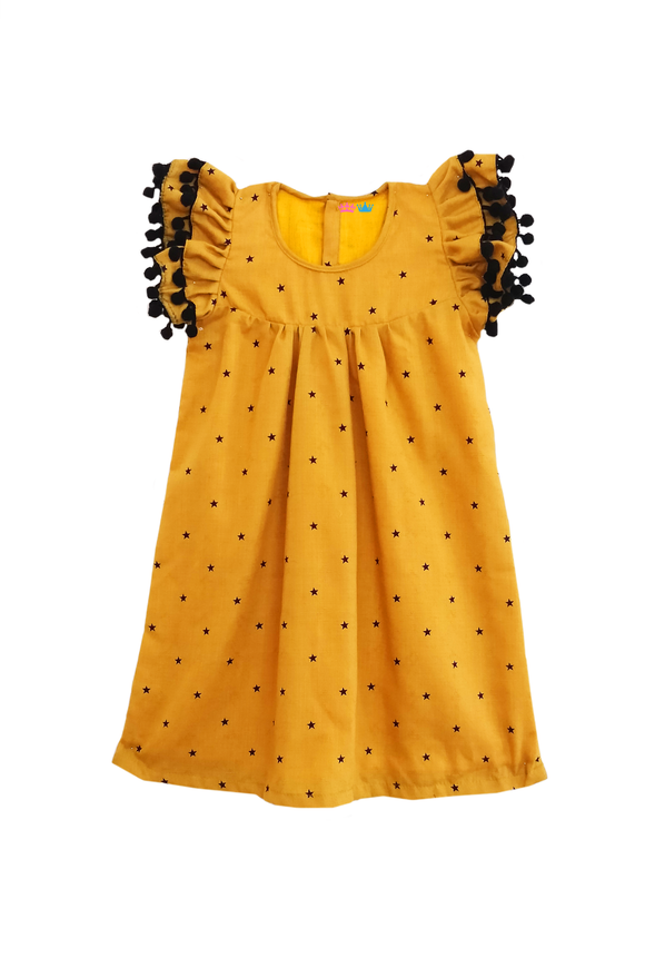 Star print flutter sleeves pom pom dress