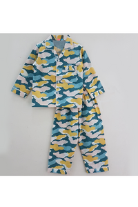 Blue clouds print nightsuit