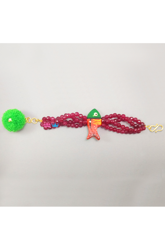 Fish motif maroon beaded bracelet