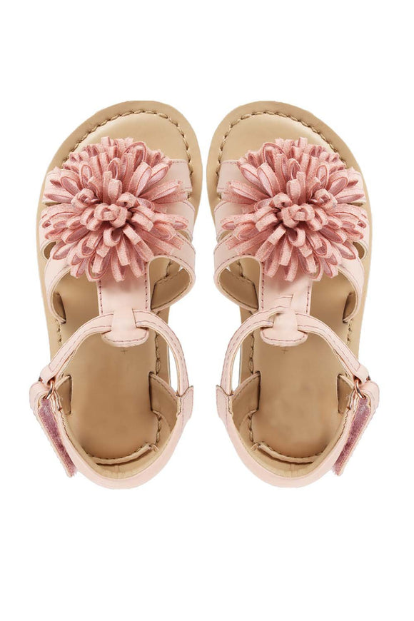 Aana pink sandals! Footwear for girls, Flip flop for girls, designer sandals for girls, belly shoes for girls, designer kolhapuri flats