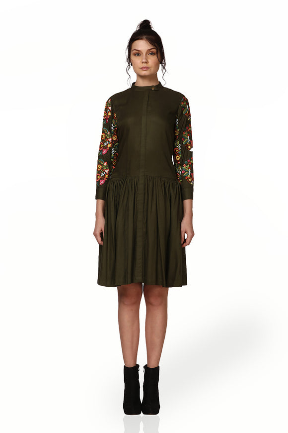 Flower embroidery one-piece olive green dress